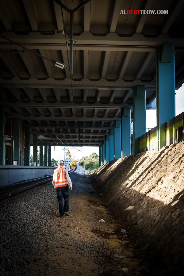 _MG_1243-Under-Bridge-Rail-Man-Walk